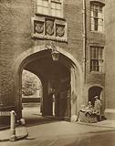 Tudor gateway leading into Lincoln's Inn from Chancery Lane