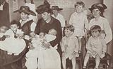 British mothers and their children, winners of prizes for the first National Baby Week, 1917