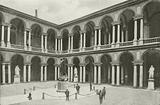 Milano / Milan: Cortile del Palazzo Brera