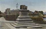 Southern Ireland: Treaty Stone and King John's Castle, Limerick