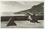 Monaco, La Place du Palais et les Canons, Vue sur le Cap Fleuri