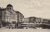 Trieste: Riva 3 Novembre, Palazzo Carciotti