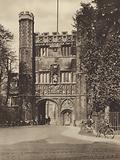 Cambridge: Trinity College Gateway