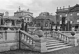 Park Side of Italian Gardens