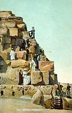 Cairo, Monting on the Pyramid