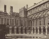 Hampton Court Palace, the Fountain Court