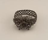 Steel-wire bracelet