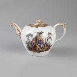 Teapot with Chinoiserie Vignettes