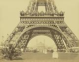 Paris – Base de la Tour Eiffel et le Trocadéro