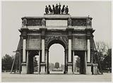 The protection of the monuments of Paris during the First World War: sandbags protecting the triumphal arch of the …