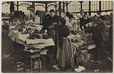 820 the Marches de Paris (Les Halles Centrales). – Retail sale of fruits and vegetables.