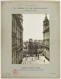 Construction of the Paris municipal Metropolitan railway: lifting of the columns at the entrance to rue Alboni, Passy …
