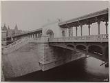 Construction of the Paris municipal metropolitan railway: upper structure of the Île des Cygnes, Passy viaduct, 15th …