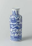 Vase (rolwagen) with dragons and lotus and flower scrolls