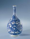 Pear-shaped bottle vase with panels with lotus scrolls