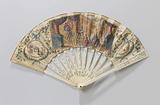 Folding fan with (rice) paper tray on which, with tempera king Solomon and the queen of Sheba, on a lace and embossed …