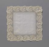 Bobbin lace handkerchief with horns of plenty