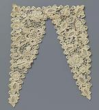 Crochet lace overlay imitation coarse Venetian needle lace