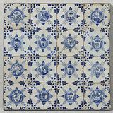 Field of sixteen tiles with birds and butterflies