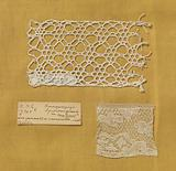 Steel bobbin lace with coarse thread as an example of armure soil (lattice soil)