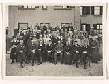 Group portrait at a conference in Amerongen in 1927 (with Marie Breitner-Jordan? ].