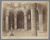 Firenze-Cortile del Pal. Vecchio da Michelozzi. Fontana da Vasari. Figurina dal Verocchio.