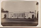 View of the palace of the Governor-General on Koningsplein in Buitenzorg