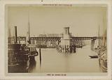View of the swing bridge over the Scheepmakers- en Wijnhaven in Rotterdam
