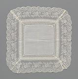 Batiste handkerchief with a triple edge of bobbin lace and embroidery