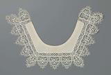 Bobbin lace collar inspired by lying 17th century collars and matching engagement photo (copy) of Bram Pleging and Jet …