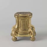 Base of gilded bronze, belonging to De muze Urania