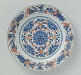 Dish with stylized flower heads, flower sprays and bouquets