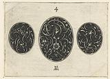 Large oval between two smaller ovals