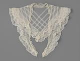 Silk tulle collar and ruffled strips of bobbin lace, triangular ending in long tips