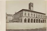 View of the Palazzo del Podesta in Bologna