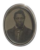 Brooch with a portrait of an unidentified man