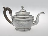 Teapot made by Peter Bentzon