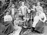 Group photograph: William Bayliss, EH Starling and family group