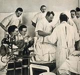 Otto Hildebrand performing a surgical operation